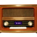 Retro Bluetooth Speaker with Radio