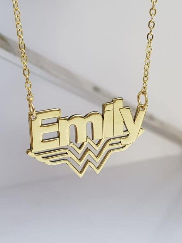 Wonder Woman name nacklace pendant Wonder Woman Jewelry Gift For Her Super Hero Jewelry Hero Jewellery Gal Gadot collana 18k gold plated #wonderwoman #geek #comics #gifts #giftideas