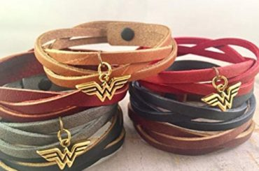 Leather Wonder Woman Bracelet Charm Wrap Braided Bracelet Super hero Bracelet, Gift, Gold Silver,  Inspired DC Comics Justice League #wonderwoman #geek #comics #gifts #giftideas