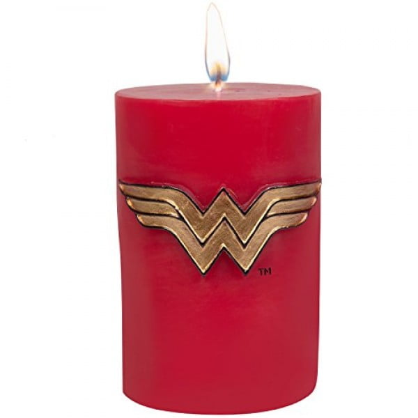 DC Comics Wonder Woman Candle #wonderwoman #geek #comics #gifts #giftideas
